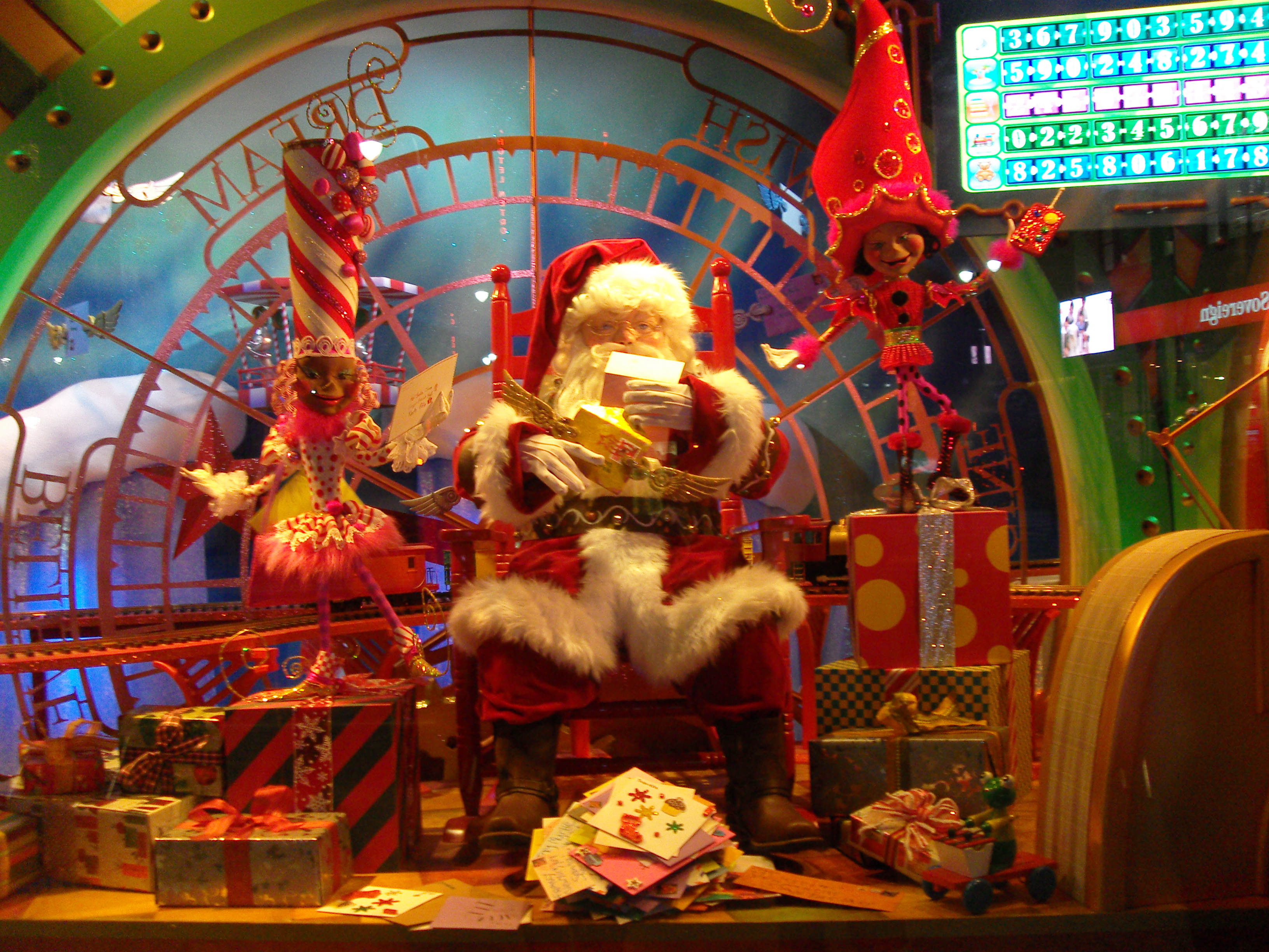 Must see holiday sights in new york